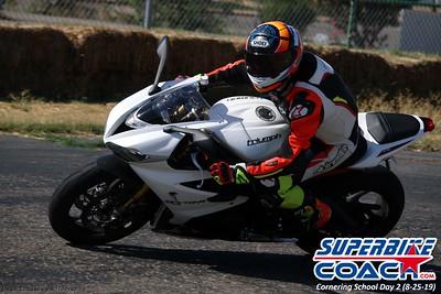 superbikecoach_corneringschool_2019aug29_GroupB_18