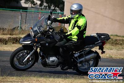 superbikecoach_corneringschool_2019aug29_GroupB_27