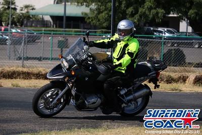 superbikecoach_corneringschool_2019aug29_GroupB_6