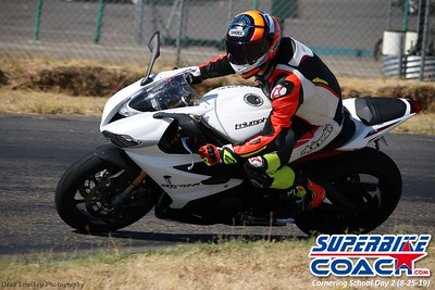 superbikecoach_corneringschool_2019aug29_GroupB_16
