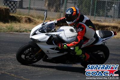 superbikecoach_corneringschool_2019aug29_GroupB_17