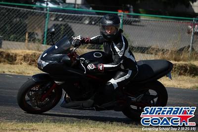 superbikecoach_corneringschool_2019aug29_GroupB_26