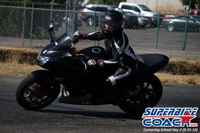 superbikecoach_corneringschool_2019aug29_GroupB_5