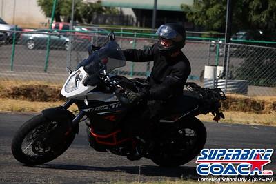 superbikecoach_corneringschool_2019aug29_GroupB_10