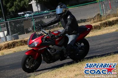 superbikecoach_corneringschool_2019aug29_GroupC_13