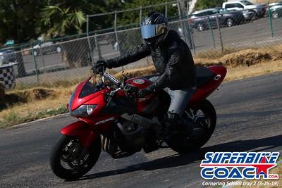 superbikecoach_corneringschool_2019aug29_GroupC_15