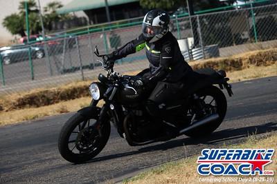 superbikecoach_corneringschool_2019aug29_GroupC_28