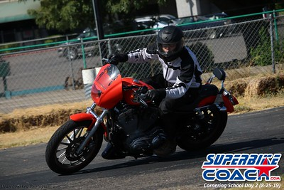 superbikecoach_corneringschool_2019aug29_GroupC_17