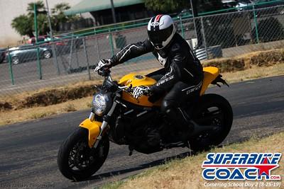 superbikecoach_corneringschool_2019aug29_GroupC_25
