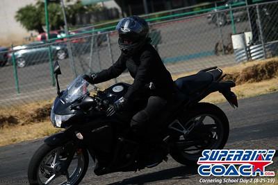 superbikecoach_corneringschool_2019aug29_GroupC_21