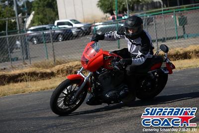 superbikecoach_corneringschool_2019aug29_GroupC_18