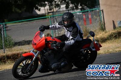 superbikecoach_corneringschool_2019aug29_GroupC_16