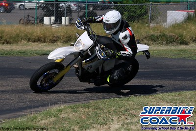 superbikecoach_corneringschool_2019june30_GroupA_14