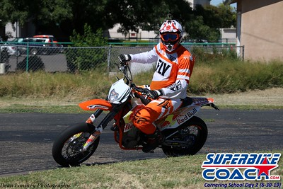 superbikecoach_corneringschool_2019june30_GroupA_10