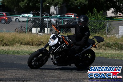superbikecoach_corneringschool_2019june30_GroupA_17