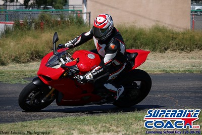superbikecoach_corneringschool_2019june30_GroupA_6