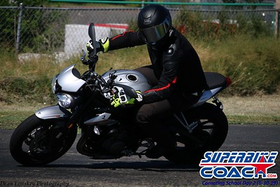superbikecoach_corneringschool_2019june30_GroupB_24