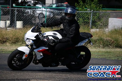 superbikecoach_corneringschool_2019june30_GroupB_18