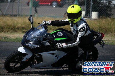 superbikecoach_corneringschool_2019june30_GroupB_14