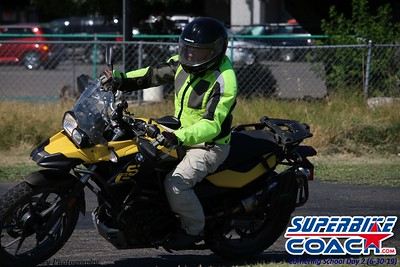 superbikecoach_corneringschool_2019june30_GroupB_9