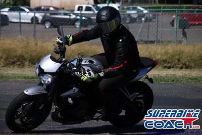 superbikecoach_corneringschool_2019june30_GroupB_11