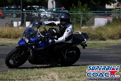 superbikecoach_corneringschool_2019june30_GroupB_6