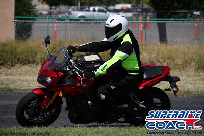 superbikecoach_corneringschool_2019june30_GroupB_3