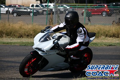superbikecoach_corneringschool_2019june30_GroupB_27