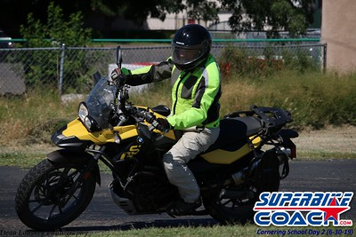 superbikecoach_corneringschool_2019june30_GroupB_8