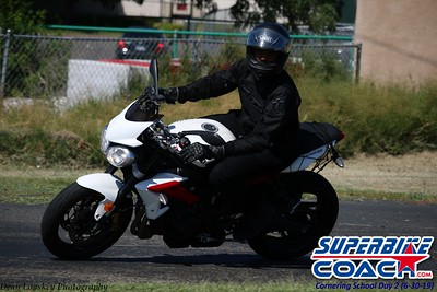 superbikecoach_corneringschool_2019june30_GroupB_2