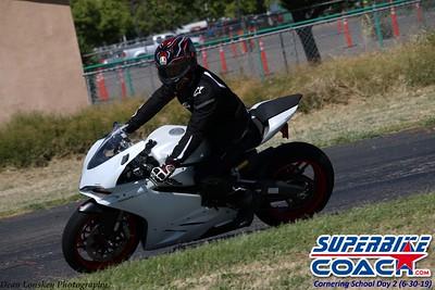superbikecoach_corneringschool_2019june30_GroupC_4
