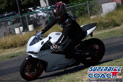 superbikecoach_corneringschool_2019june30_GroupC_6