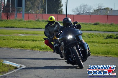 superbikecoach_corneringschool_2019march17_21