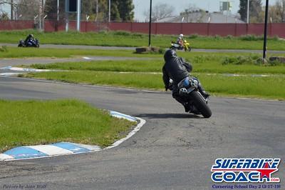 superbikecoach_corneringschool_2019march17_12