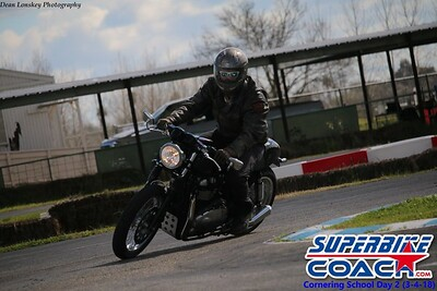 superbikecoach_corneringschool_2018march4_1