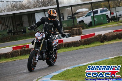 superbikecoach_corneringschool_2018march4_4