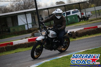 superbikecoach_corneringschool_2018march4_7