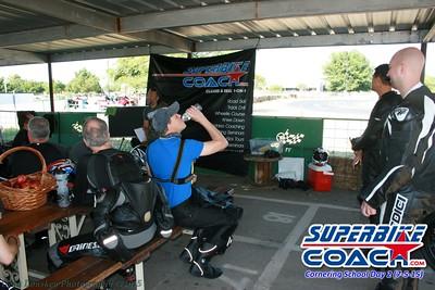Superbike-coach_3