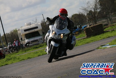 superbikecoach_corneringschool_2018_march25_19