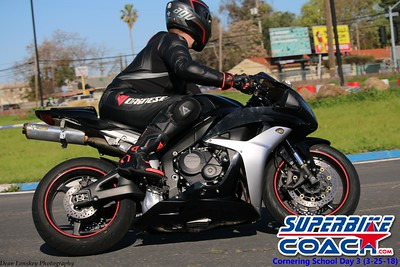 superbikecoach_corneringschool_2018_march25_26