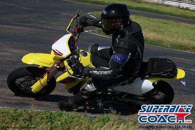 superbikecoach_corneringschool_2019april28_extra_15
