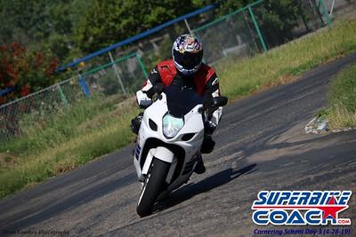 superbikecoach_corneringschool_2019april28_features_19