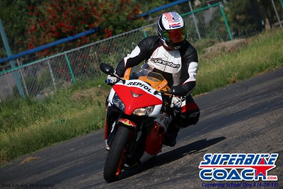 superbikecoach_corneringschool_2019april28_groupA_23