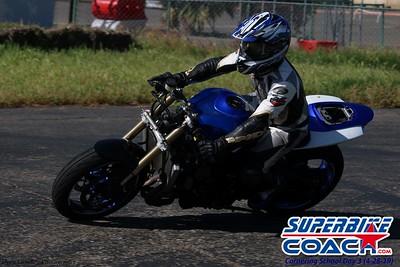 superbikecoach_corneringschool_2019april28_groupA_12