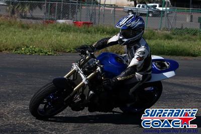 superbikecoach_corneringschool_2019april28_groupA_20