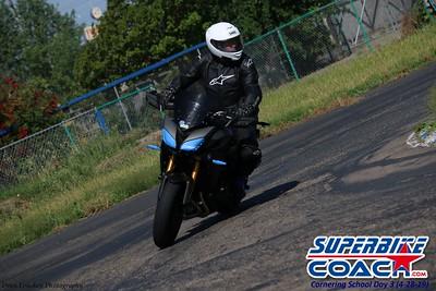 superbikecoach_corneringschool_2019april28_groupA_24