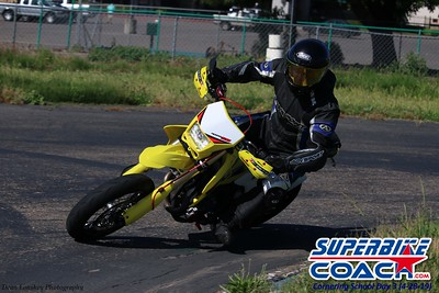 superbikecoach_corneringschool_2019april28_groupA_7