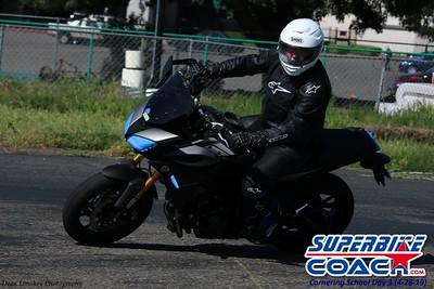 superbikecoach_corneringschool_2019april28_groupA_14