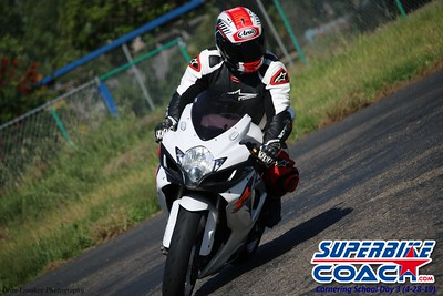 superbikecoach_corneringschool_2019april28_groupA_27