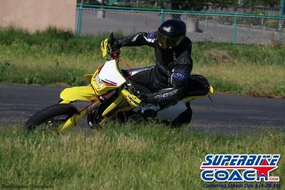superbikecoach_corneringschool_2019april28_groupA_5